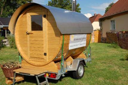 mobile sauna kaufen mobile fass sauna f r jeden wunschort. Black Bedroom Furniture Sets. Home Design Ideas